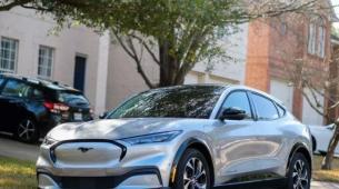 福特推迟了数千辆野马Mach E SUV的交付
