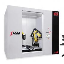 机械手对X射线进行检查以检查较大的零件