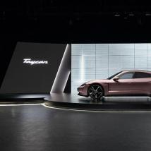 保时捷发布入门版Taycan电动汽车 7点99万美元起售