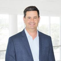 增加了AutoNation前企业发展副总裁Pete Thiel的团队